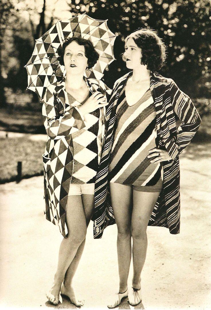 sonia delaunay beachwear, 1927, photography, patterns, swimming pool, triangles, retro, vintage