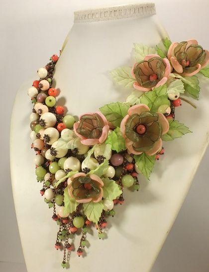 Русалочье Парфе. Колье, съёмный цветочный декор. - зелёный,светло-зеленый