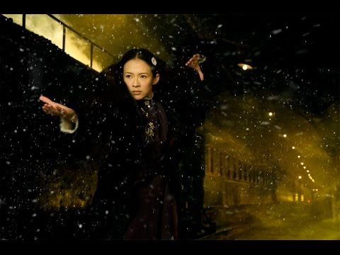Ziyi Zhang va Max Zhang - train station fight - YouTube