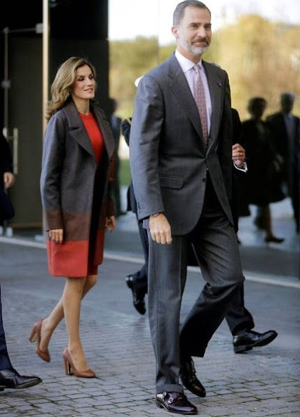 King Felipe and Queen Letizia of Spain visited the Science and Technology Park of the Porto University (UPTEC) in Porto, Portugal on November 29, 2016. The Spanish royals arrived Monday in Porto for a three-day state visit to Portugal. Queen Letizia wore Hugo Boss Colorina Wool Blend Cashmere Striped Coat and Hugo Boss Malivi Wool Blend Cashmere Striped Skirt.