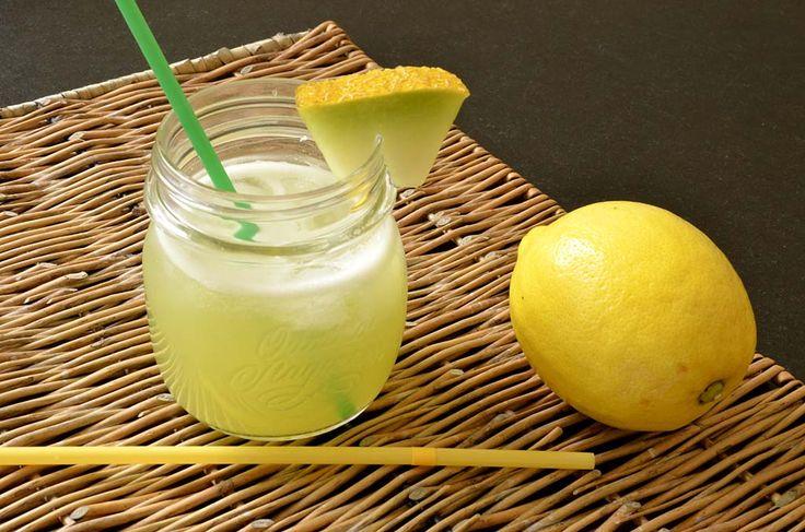 Comme il faisait très chaud et qu'il me restait du melon Galia à utiliser, j'ai eu l'idée de préparer cette boisson rafraîchissante. Il ne faut pas grand beaucoup d'ingrédients. Elle est rapide à préparer. Vous pouvez préparer le jus de melon à l'avance et ajouter l'eau gazeuse et les glaçons juste avant de servir. Je […]
