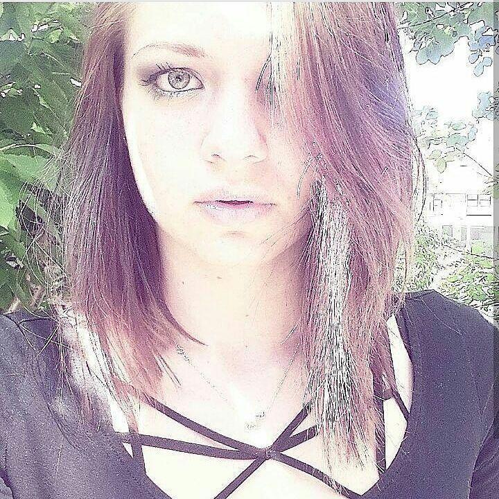 #dutch #model #dutchie #modeling #brownhair #makeup #black #eyes #eyebrows #lips #love #peace #summer #fun #girl #alternative #alternativemodel #goth #weird #experiment #lotofmakeup #muah #tryout #holland #netherlands #selfie #neckless #elephant #gold #beautiful http://ameritrustshield.com/ipost/1553605731683773401/?code=BWPhC5-BavZ