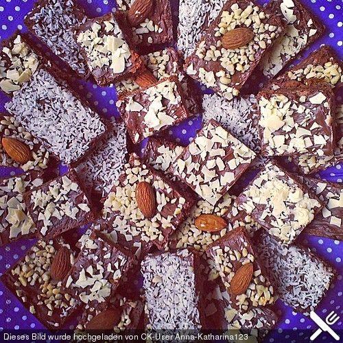 American Double Choc Brownies, ein sehr leckeres Rezept aus der Kategorie Kuchen. Bewertungen: 552. Durchschnitt: Ø 4,6.