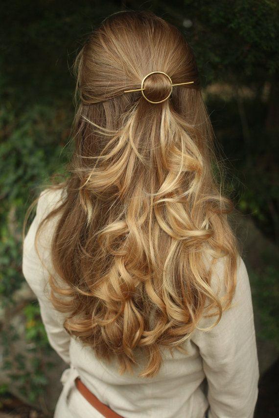 Open circle hair slide silver hair clip hammered brass von Kapelika