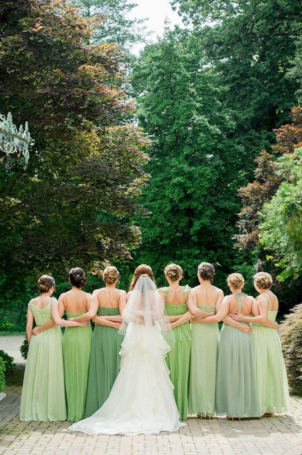Grün grün grün... Braut und Brautjungfern | DIY Hochzeitsideen . DIY wedding ideas | Rheinland . Eifel . Koblenz . Gut Nettehammer |