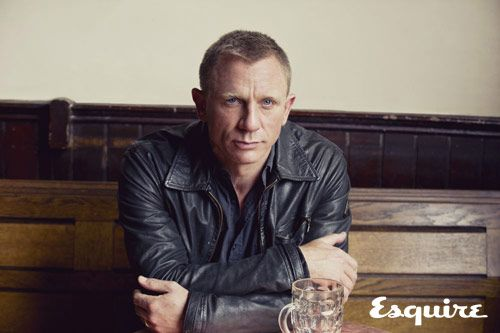 Daniel Craig for Esquire UK October 2012...perfectly handsome and perfect for Esquire