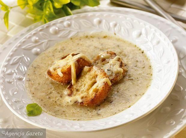 Zupa z mąki, ziół i jaj z okolic Cormons