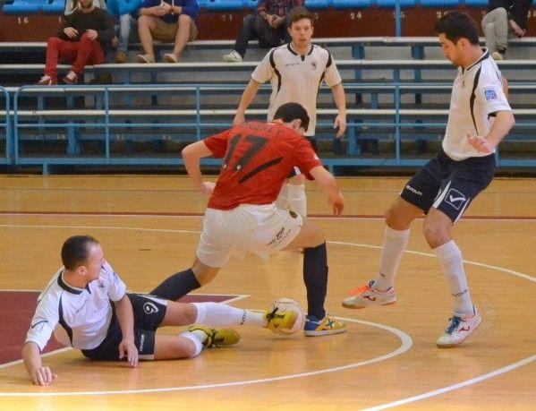 El Hércules San Vicente ejecuta a O Parrulo Ferrol - Fútbol Sala - Stadio Sport - Diario de opinión en Coruña
