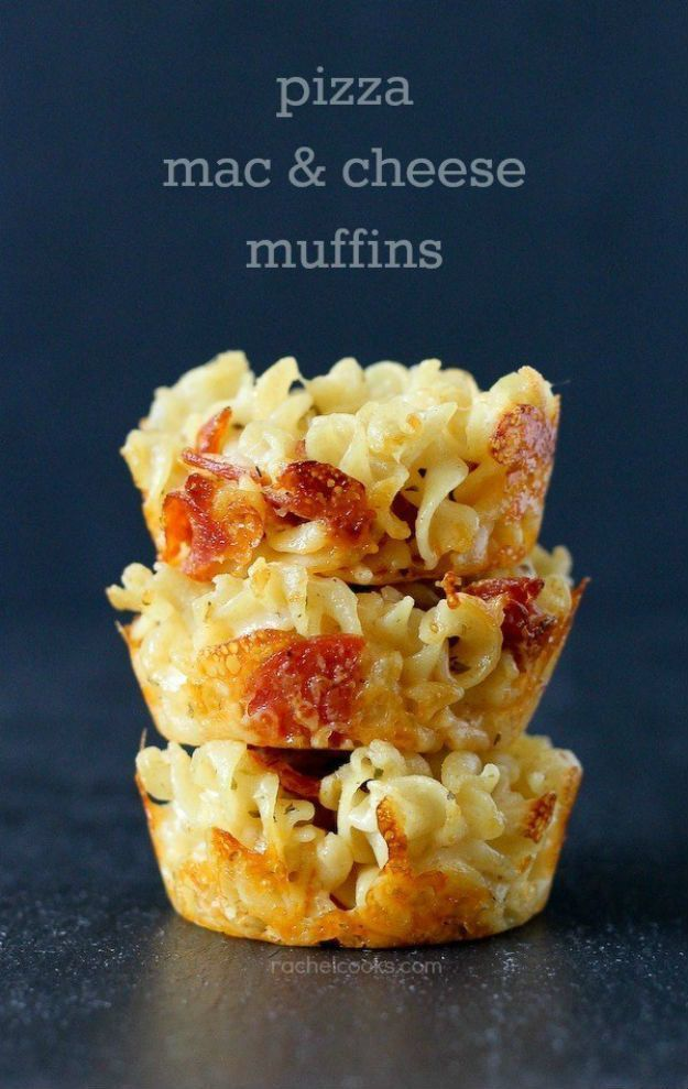 Macaroni and Cheese Pizza Muffin Recipe | Best Mac and Cheese Recipes by DIY Ready at http://diyready.com/best-mac-and-cheese-recipe/