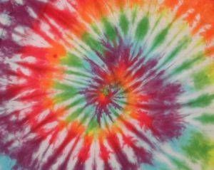 Tie Dyeing Folding Techniques @lacilockett  *not to be used on polyester shirts :)