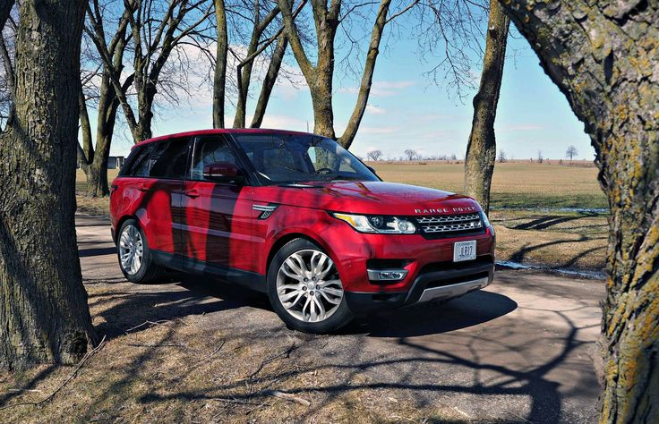 SUV Review: 2017 Range Rover Sport HSE Td6 | Credit: Chris Balcerak