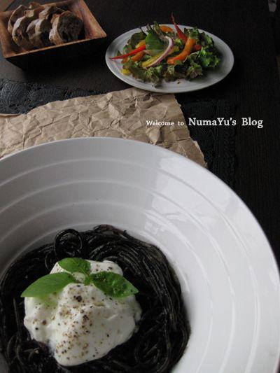 イカスミパスタ・ヨーグルト乗せ by NumaYuさん   レシピブログ - 料理 ...