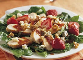 10 Spring Salads...on a salad binge!: Fun Recipes, Recipes Chicken, Strawberry Spinach Salad, Strawberries Salad, Strawberries Spinach Salad, Summer Meals, Strawberryspinach Salad, Colors Food, Chicken Salad Recipes