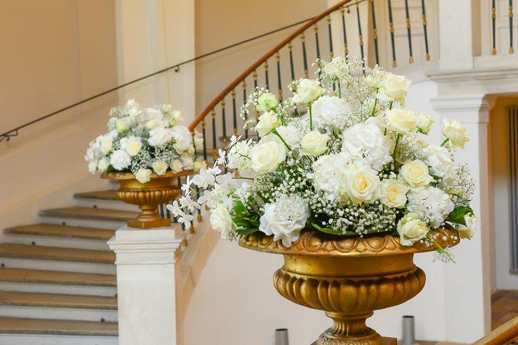 hochzeit, stiegenaufgang, stairway decoration, wedding, inspiration