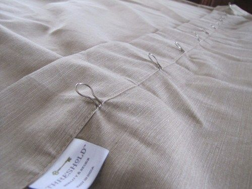 No Sew Vertical Blind Curtains | REinspiredRummage.com