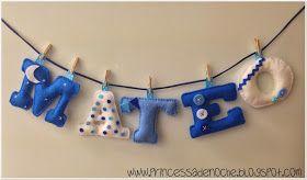 Un nuevo nombre en fieltro para decorar la habitación del bebé Mateo que está en camino.