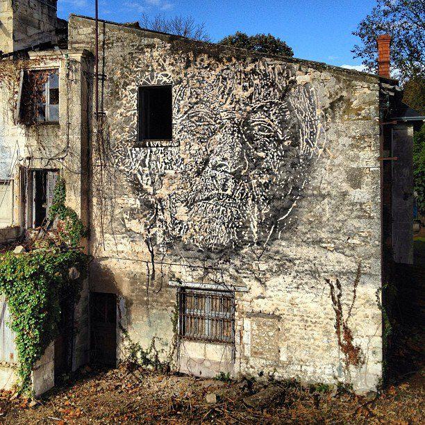 VHILS www.widewalls.ch / … #graffiti #stencil #streetart #urbanart  – ST