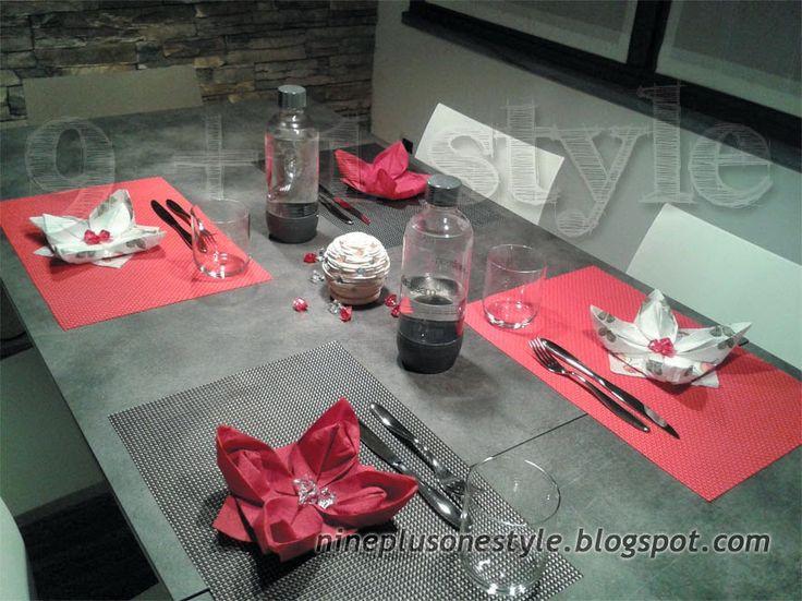 Apparecchia la tavola... una pizza tra amici! - Table setting for a pizza with friends!