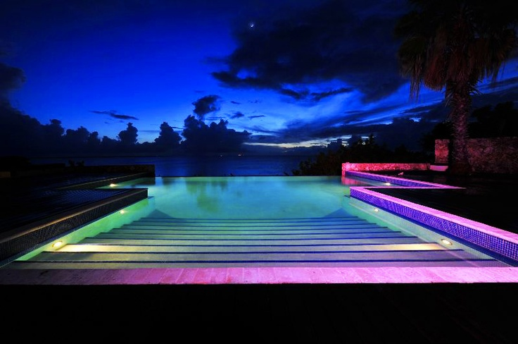 Incredible ocean view from infinity pool of Villa Seru Na Laman in Bonaire: Would love to be there!