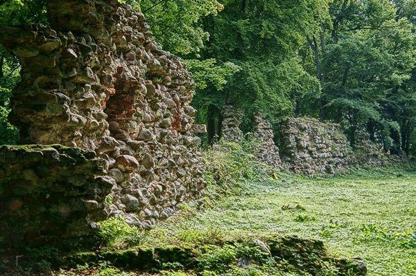 Człuchów Krzyżacka forteca Konrada Wallenroda - fragment murów