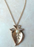 Vintage Style Leaf Pendant And Necklace