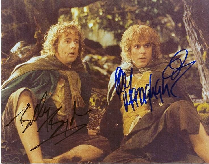 Billy Boyd and Dominic Monaghan Signatures as Peregrin Took and Meriadoc Brandybuck <3