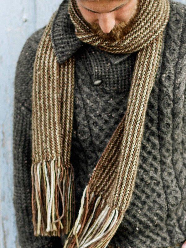 Unisex rilleskjerf strikket på langs. Garnpakke i Alpakka Tweed fra Du Store Alpakka.