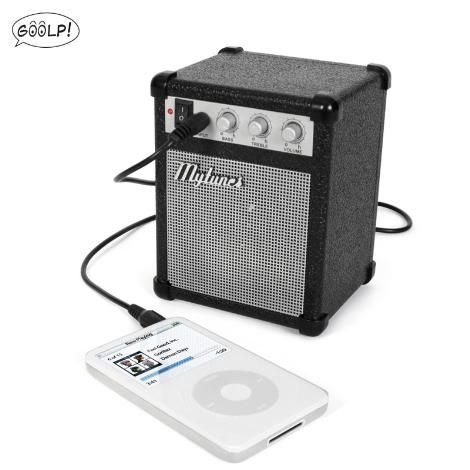 AMPLIFICATORE PER MP3 E IPHONE