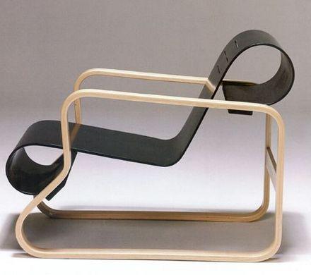 Funktionalismi.  Alvar Aallon suunnittelema tuoli