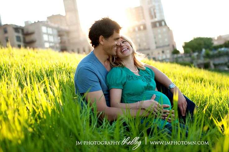 I like how this is like a couples shot and she just happens to be pregnant.