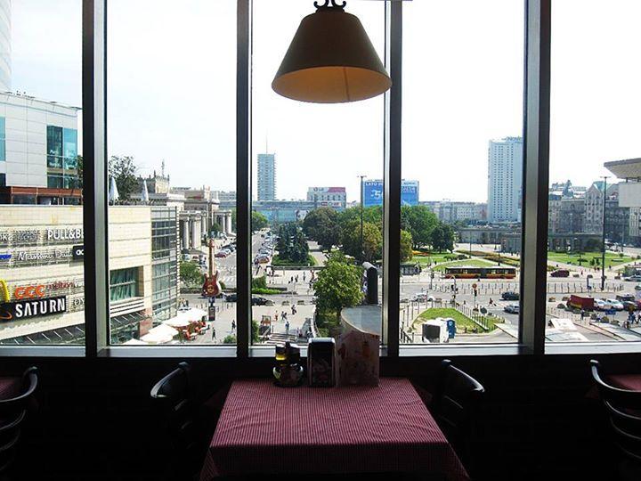 #ILPATIO #restaurant #Warsaw #zlotetarasy
