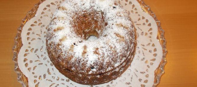 Tulband Of Cake Met Rozijnen, Abrikozen, Cranbery's. Amandelen En Rum recept | Smulweb.nl
