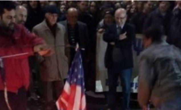 Θεσσαλονίκη: Έκαψαν αμερικανική σημαία > http://arenafm.gr/?p=263838