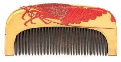Kushi - Japanese Crayfish Hair Comb. Painted and Lacquered Wood. Late Edo…