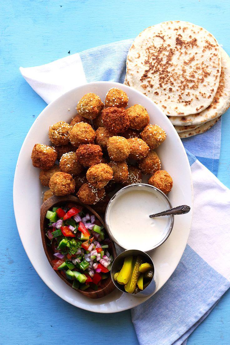Falafel Pita for Street Food Monday! | The Sugar Hit