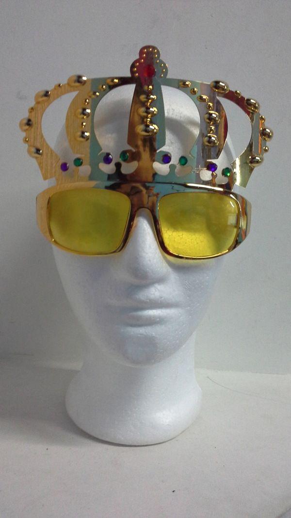 Gafas corona de Rey color dorado, ideales para el cumpleañero. #ArticulosParaHoraLocaBogota #DecoracionFiestasTematicasCali