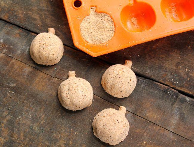 Lush Pumpkin Bath Bombs | Henry Happened