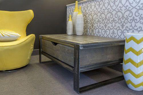 Salon Manchester: Table basse avec tiroir #table #living #room #acier #steel #meuble #furniture #industriel #industrial #design #wood #bois