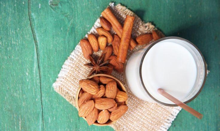 Domowe mleko migdałowe • Lista przepisów • DietMap