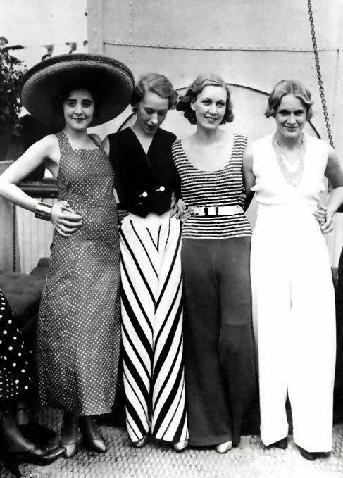 1930s Fashion -- Wonderful!