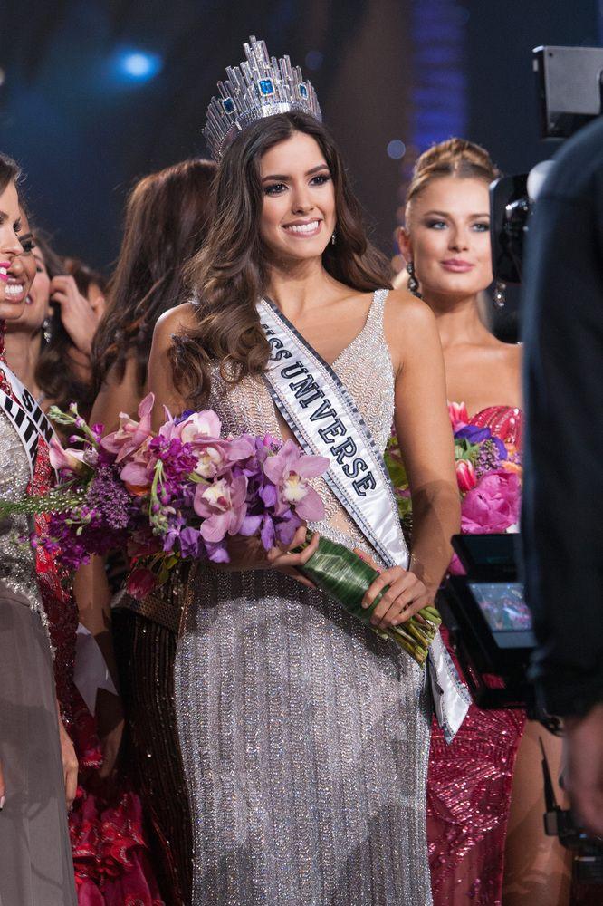 colmbiaaa ganadora de miss universe!!! GANAMOS!! COLOMBIANAS SOMOS LAS MAS BELLAS