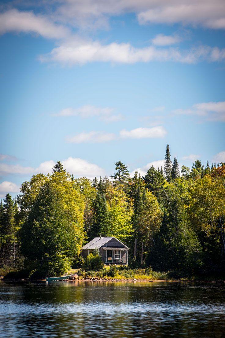 Fishing cabin. Pourvoirie Saint-Damien, Lanaudière, Québec.