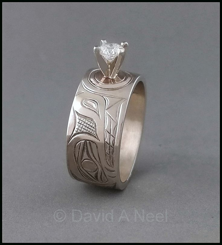 Wolf Ring, white gold & diamond by David Neel, Kwakiutl