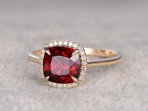 best 25 garnet engagement rings ideas on pinterest. Black Bedroom Furniture Sets. Home Design Ideas