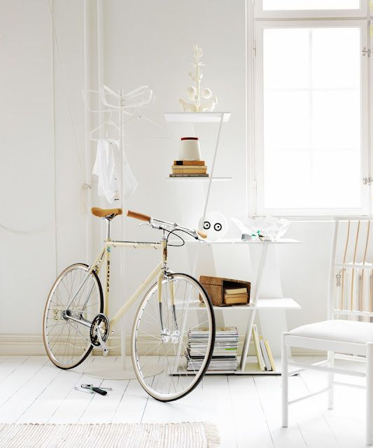 RIAZZOLI.: without colour.: Shades Of White, All White, White Spaces, White Rooms, Vintage Bicycles, White Interiors, Inspiration Interiors, Photo Session, White Wall