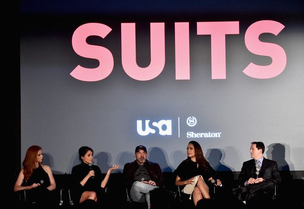 """Meghan Markle Photos - Actors Sarah Rafferty, Meghan Markle, Rick Hoffman, Gina Torres and creator/executive producer Aaron Korsh attend a Q&A following the premiere of USA Network's """"Suits"""" Season 5 at Sheraton Los Angeles Downtown Hotel on January 21, 2016 in Los Angeles, California. - Premiere of USA Network's 'Suits' Season 5 - Inside"""