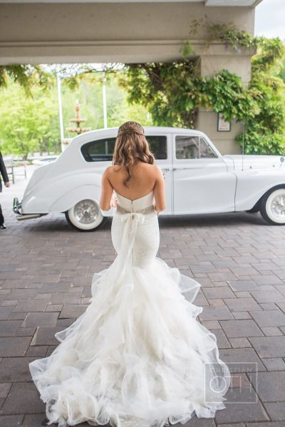 This OMG dress! http://www.stylemepretty.com/new-jersey-weddings/2015/02/25/elegant-spring-wedding-at-the-rockleigh/ | Photography: Christian Oth - http://www.christianothstudio.com/