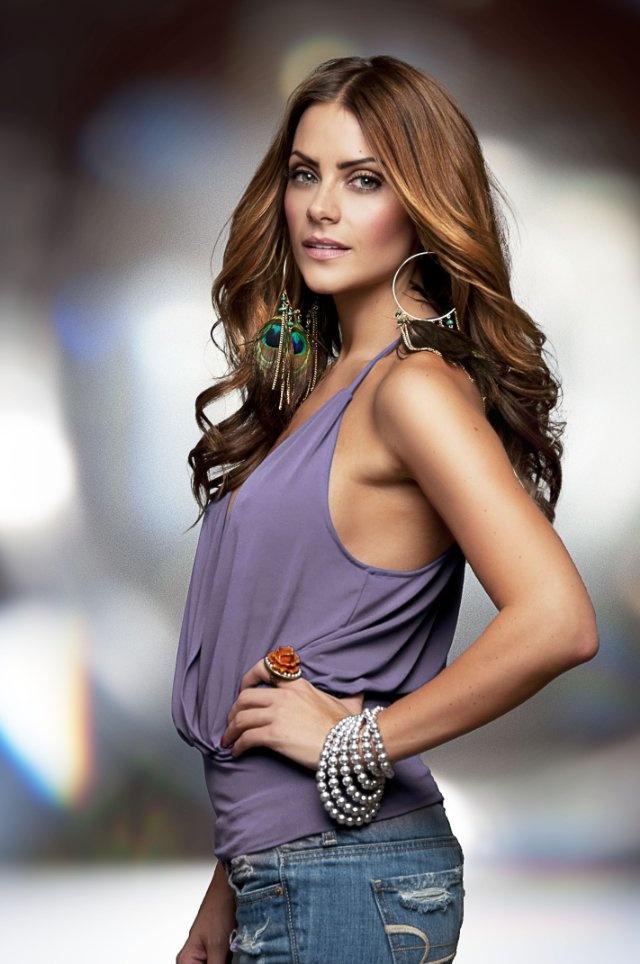Michelle Money exotic top & earrings