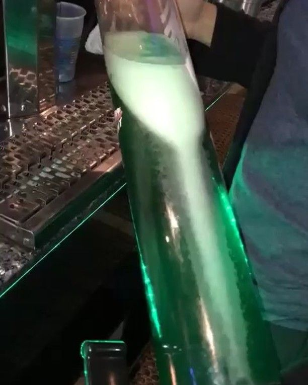 Incase you havent heard @maxis_tu is serving green beers and towers all night GO BIRDS    #maxis #maxistu #maxistemple #maxisbar #temple #templeowls #tu #college #collegelife #collegefood #philadelphia #philly #phillybar #phillybars #phillyfood #phillyfoodies #phillyeats #eagles #eaglesnation #phillies #flyers