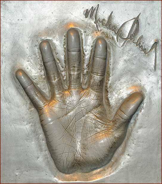 97 best palmistry hands of famous people palm reading chiromancy secret celebrity palm readings michael jacksons palm reading m4hsunfo